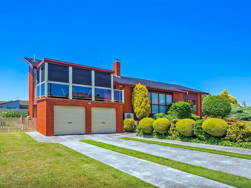 3A Quiggins Grove, Ulverstone, Tas 7315