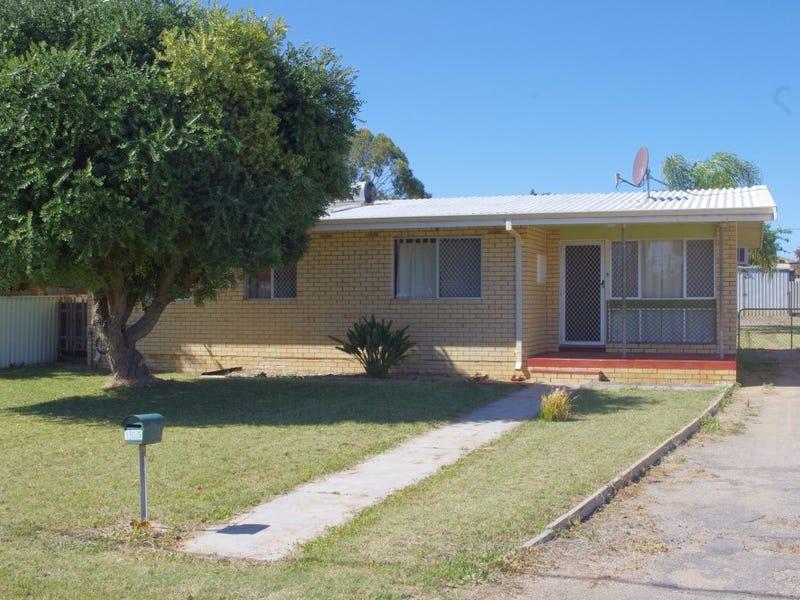 105 Kenny Crescent, Rangeway, WA 6530