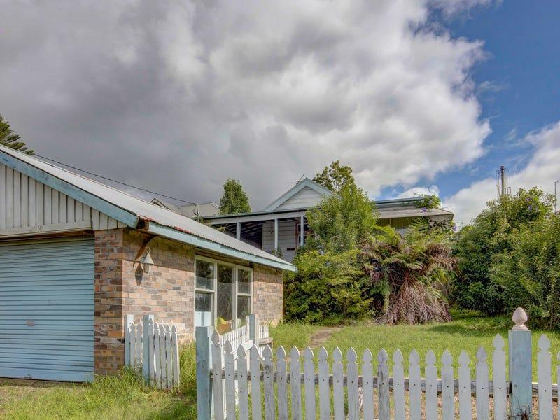 16 Springwood Avenue, Springwood, NSW 2777