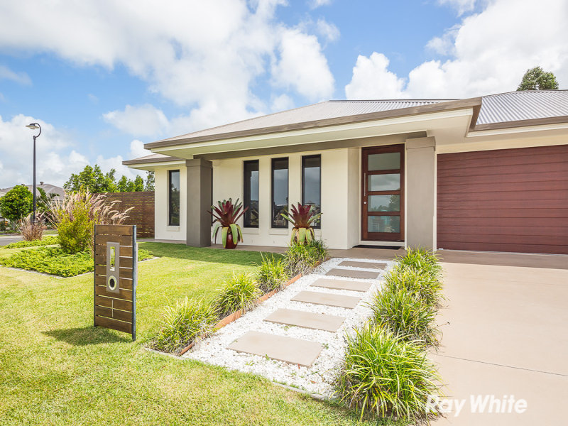 1 Honeymyrtle Street, Banksia Beach, Qld 4507