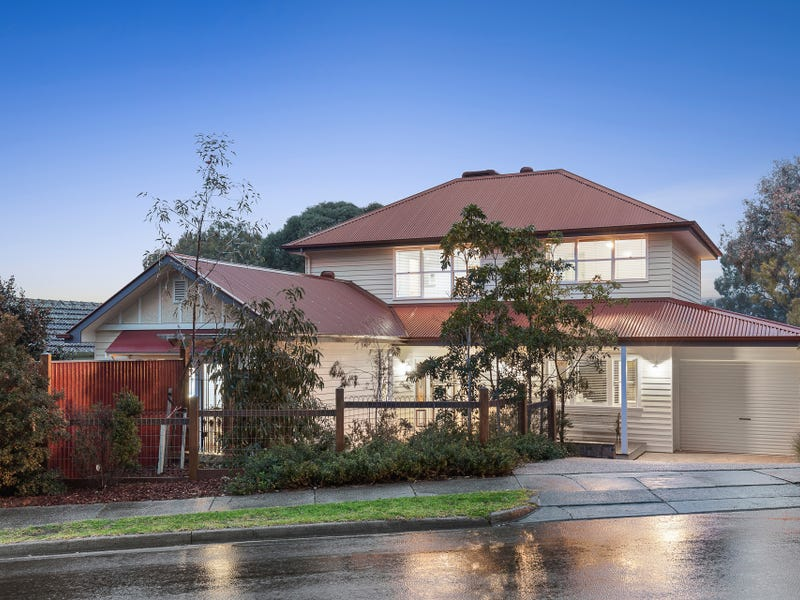 8 Mountain View Road, Montmorency, Vic 3094