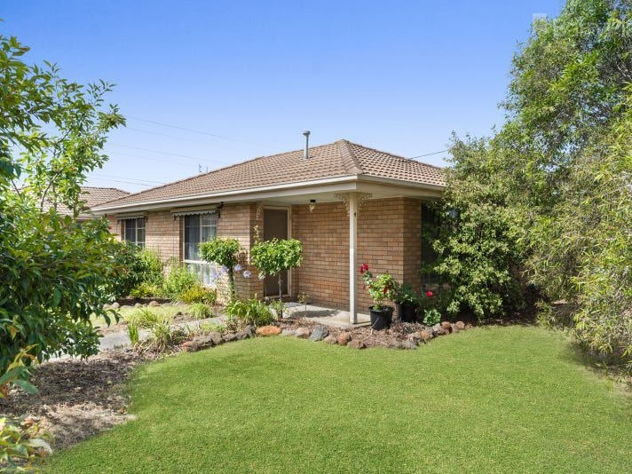 4/72-74 Greenville Drive, Grovedale, Vic 3216