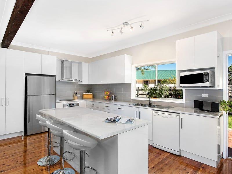 26 Jenkins Street, Unanderra, NSW 2526