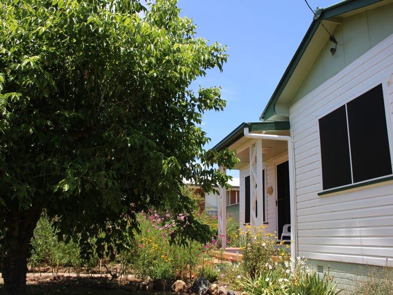 139 Petrie Street, Tenterfield, NSW 2372