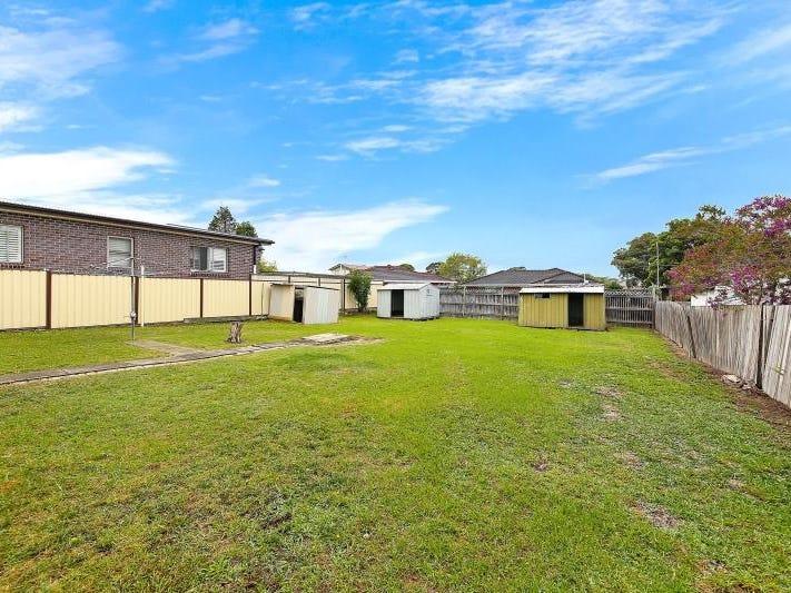 271 Noble Avenue, Greenacre, NSW 2190