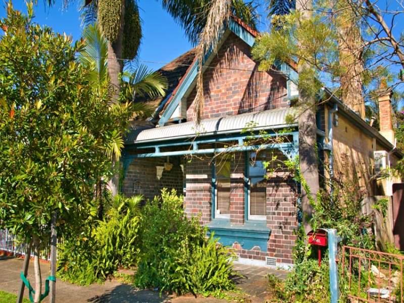 39 Charlecot St, Dulwich Hill, NSW 2203