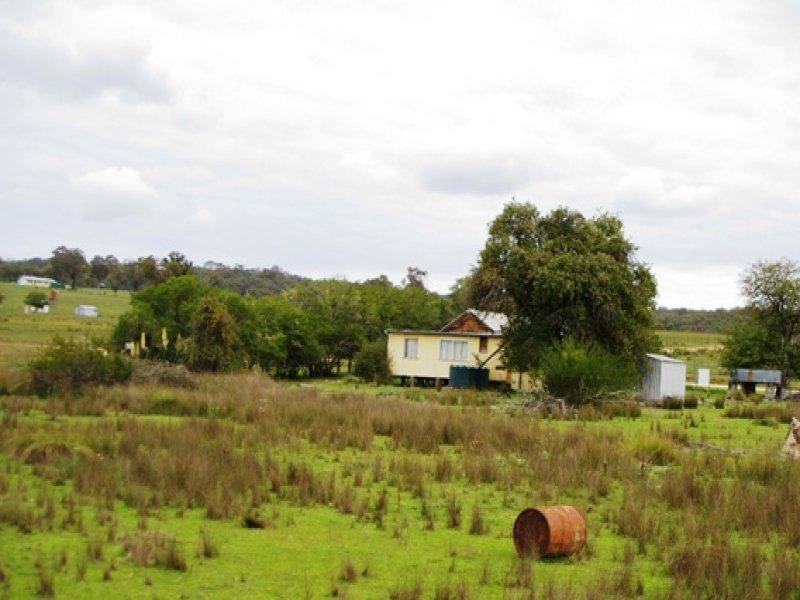 500 Watsons Ck - Tilmunda Rd, Watsons Creek, Bendemeer, NSW 2355