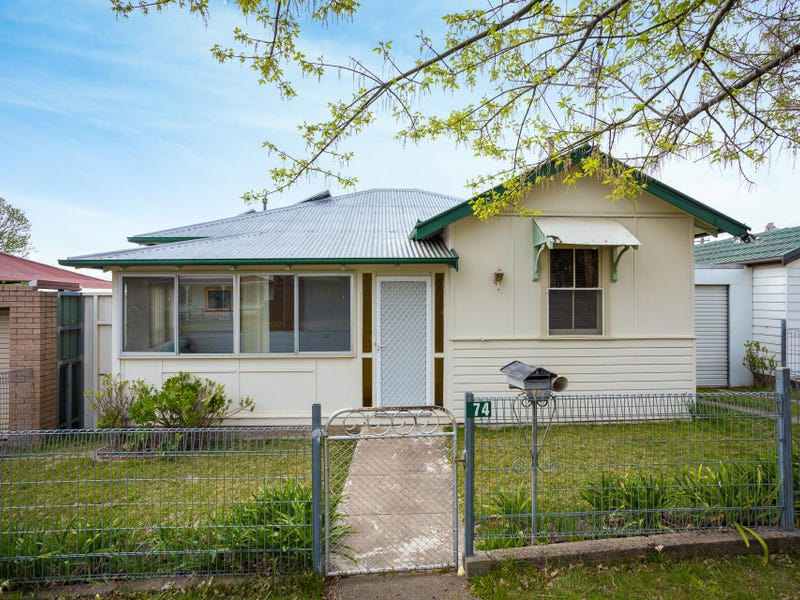 74 Parker Street, Bega, NSW 2550