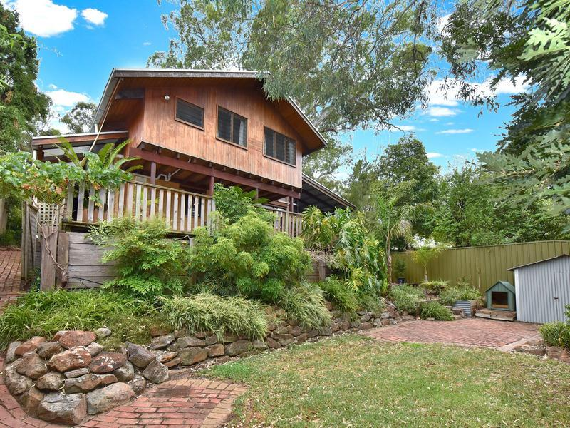 26 The Pines Close, Happy Valley