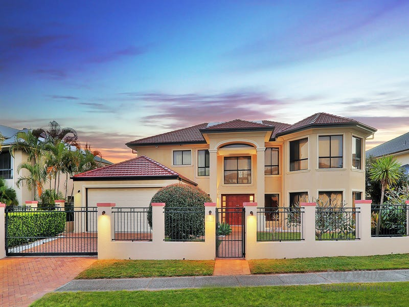 100 The Parkway, Stretton, Qld 4116