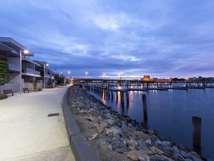 201 6-8 Wirra Drive, New Port