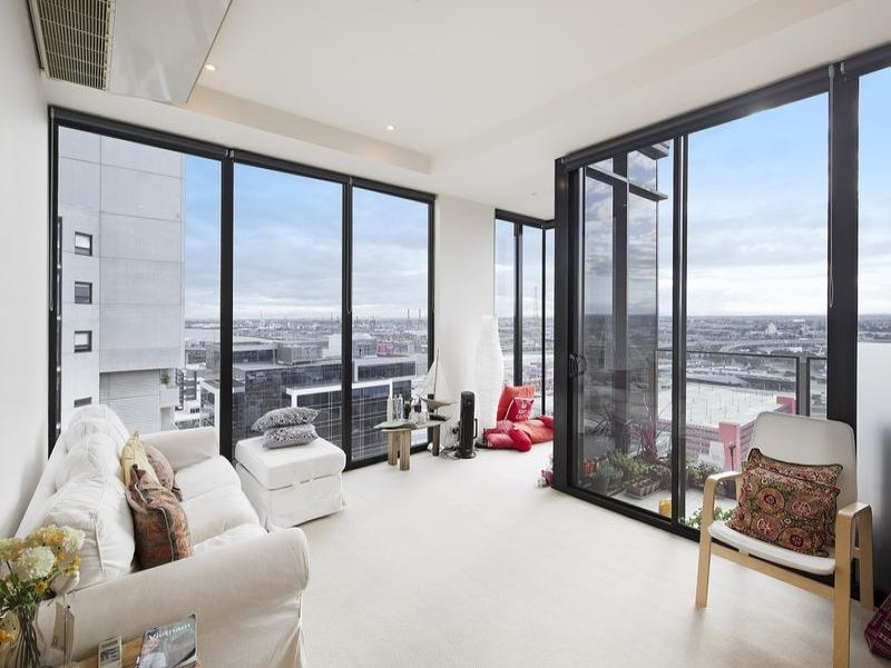 2010/15 Caravel Lane, Docklands, Vic 3008