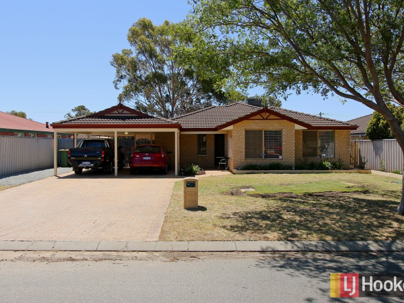 5 Lydiard Retreat, Canning Vale, WA 6155