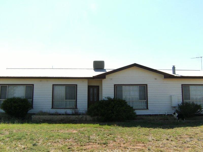 279 Ridge Road, Tresco, Vic 3583