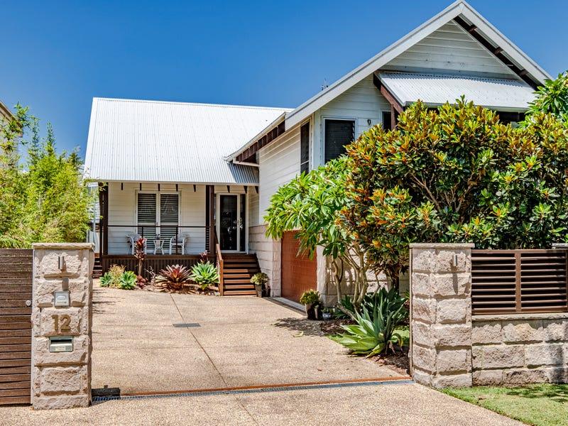 12 Elgata Avenue, North Avoca, NSW 2260