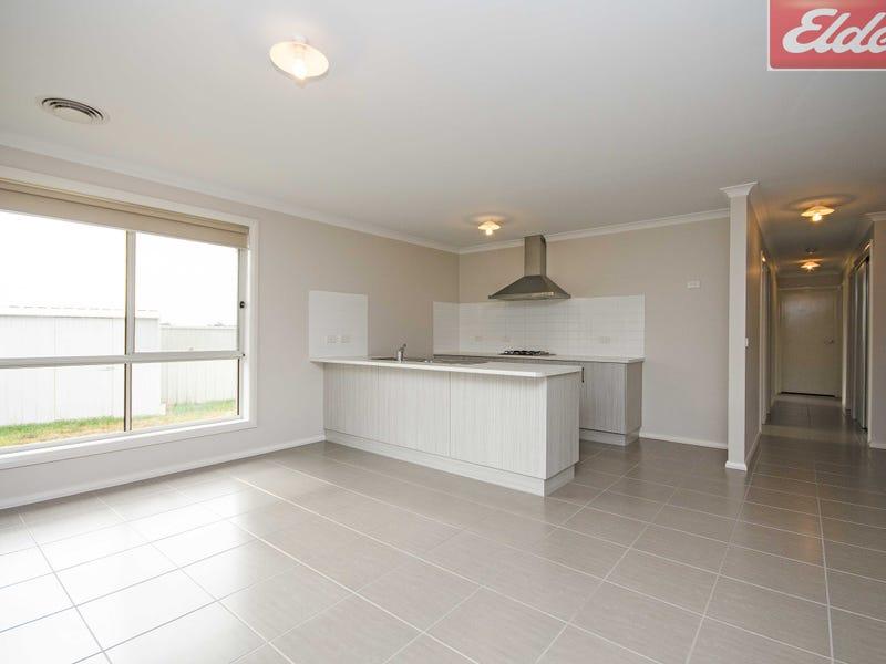 10 Fay Street, Hamilton Valley, NSW 2641