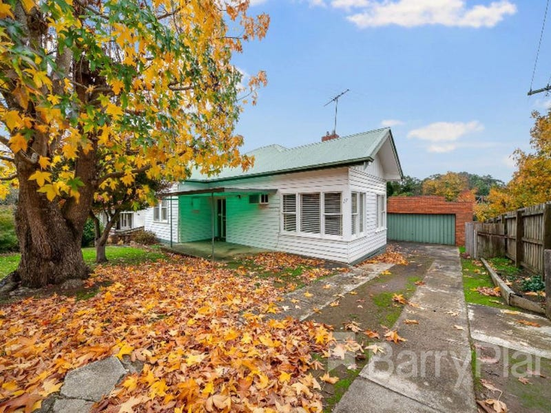 17 Hallyburton Grove, Warragul, Vic 3820