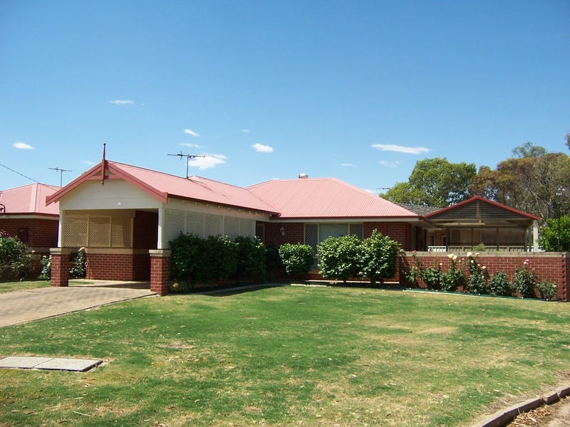 22   a Ballagin, Wagin, WA 6315