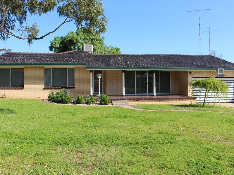 32 Drummond St, Leeton, NSW 2705