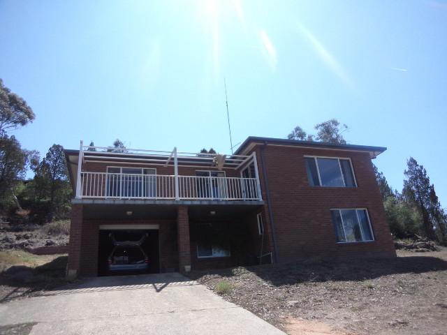 8 Elizabeth Street, Cooma, NSW 2630