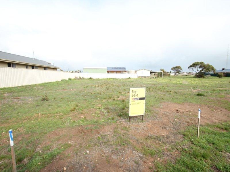 10 Fuss Street, Moonta Bay, SA 5558