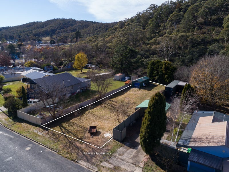 58 Foxlow Street, Captains Flat, NSW 2623