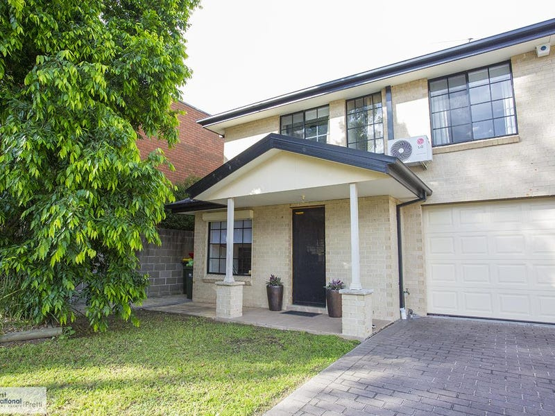8a Owl Place, Green Valley, NSW 2168