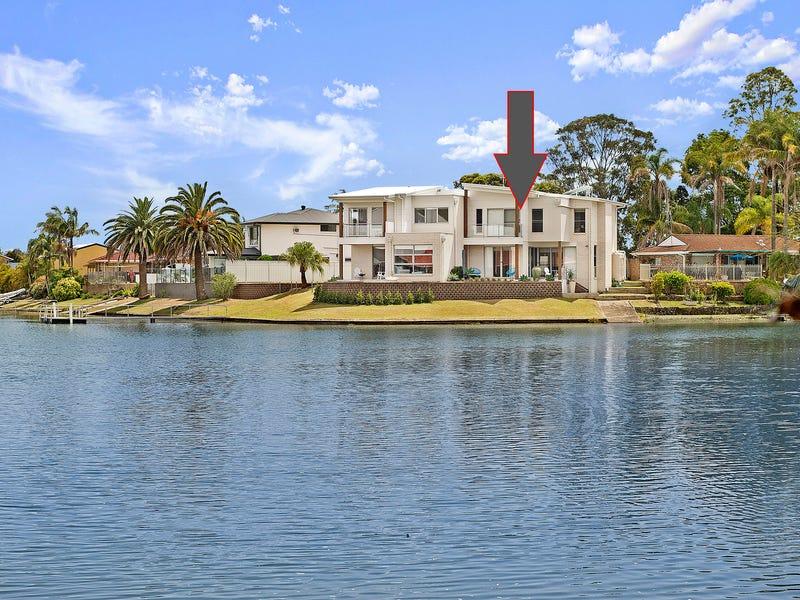 2/27 Cornwallis Close, Port Macquarie, NSW 2444