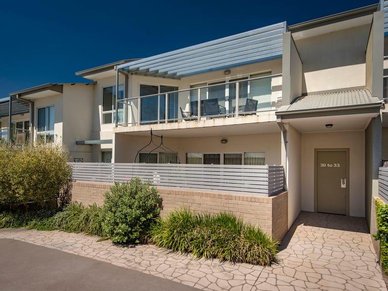 32/161 Uriarra Road, Crestwood, NSW 2620