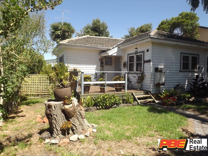 42 NARDOO STREET, Cape Paterson, Vic 3995