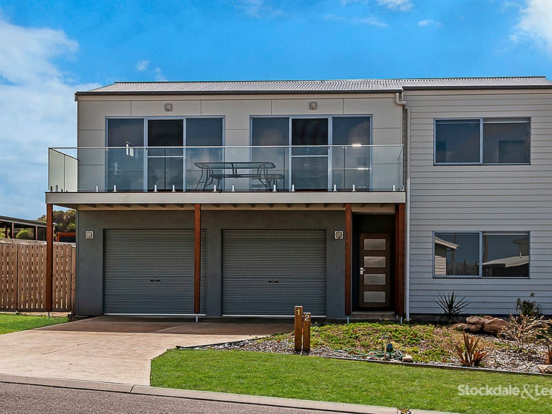 12 Martin Laurence Place, Port Fairy, Vic 3284