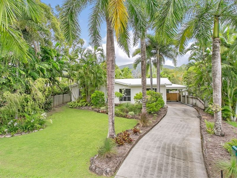 51 Yule Avenue, Clifton Beach, Qld 4879