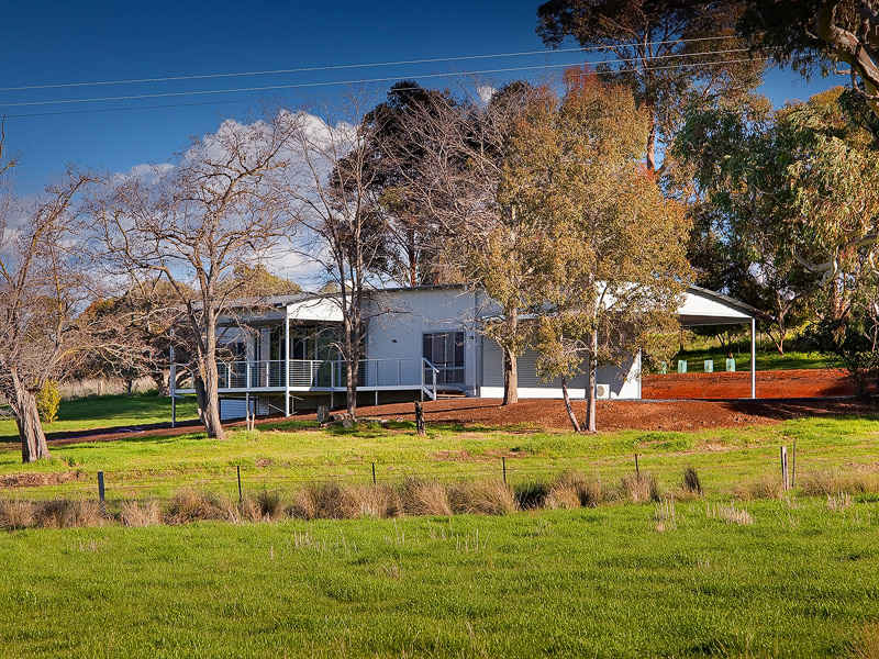 Address available on request, Huon, Vic 3695