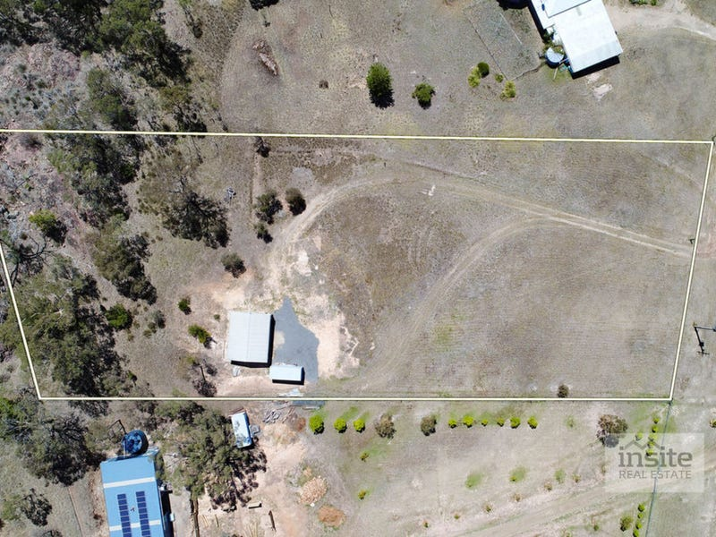 20 Lakeside Drive, Chesney Vale, Vic 3725