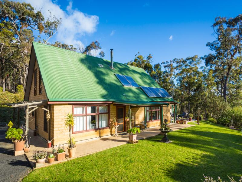 105 Moncks Road, Wallagoot, NSW 2550