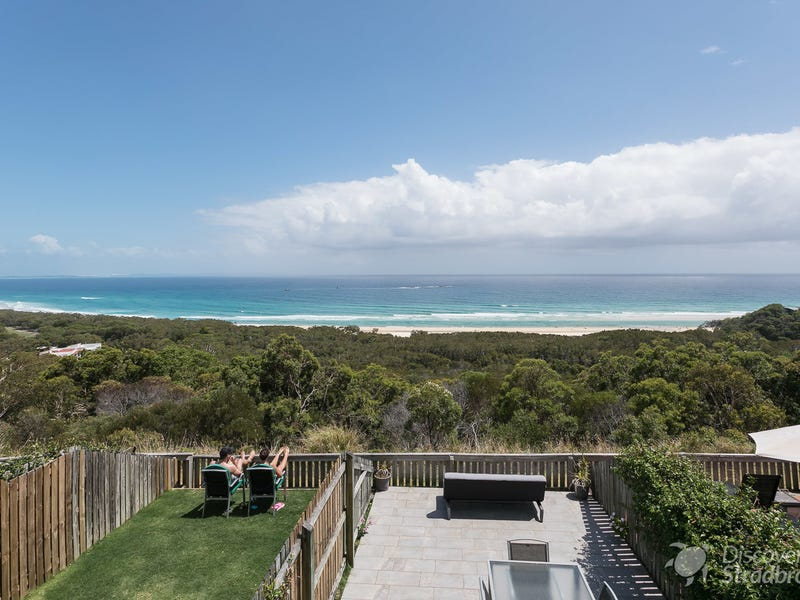30/21-25 Cumming Parade, Point Lookout, Qld 4183