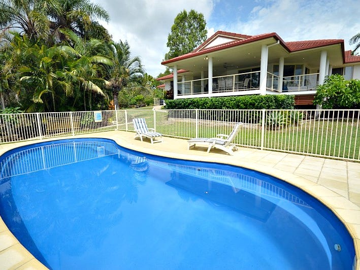 1 Azure Court, Dundowran Beach, Qld 4655