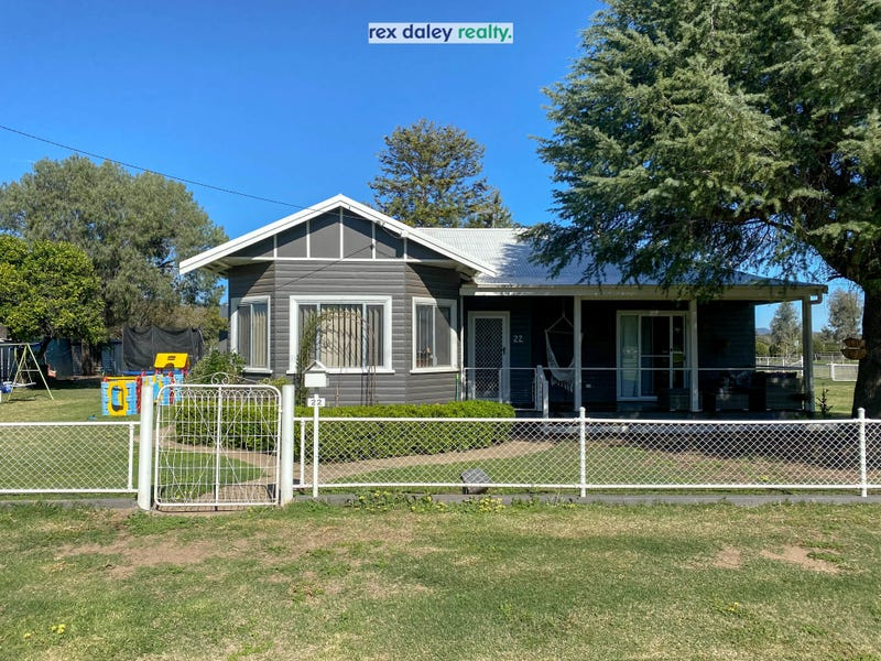 22 Faithful Street, Bingara, NSW 2404