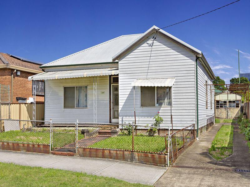 25 Browning Street, Campsie, NSW 2194