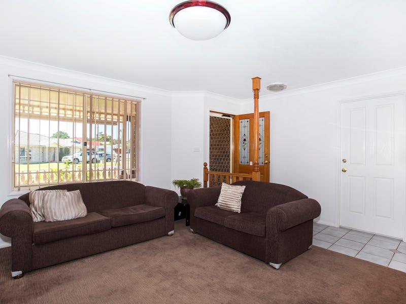 19 Lakewood Grove, Burrill Lake, NSW 2539