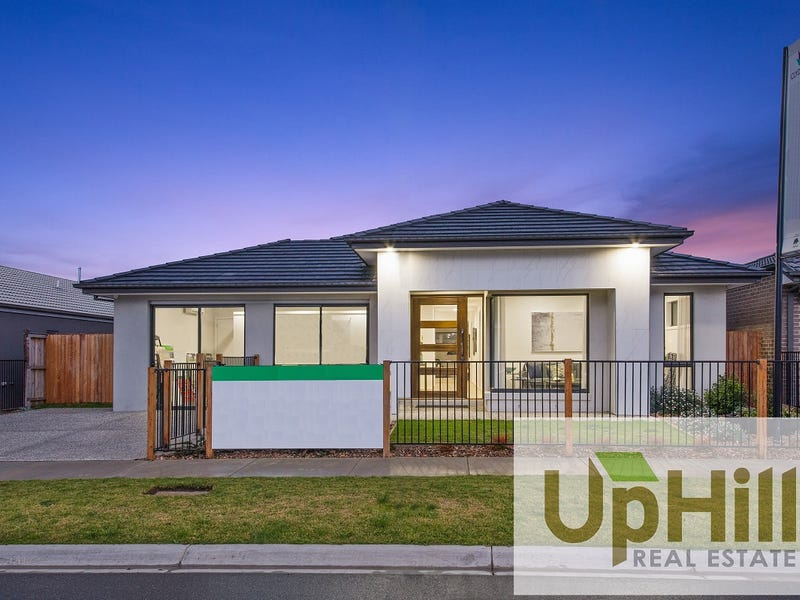 28 MURPHY STREET, Clyde North, Vic 3978