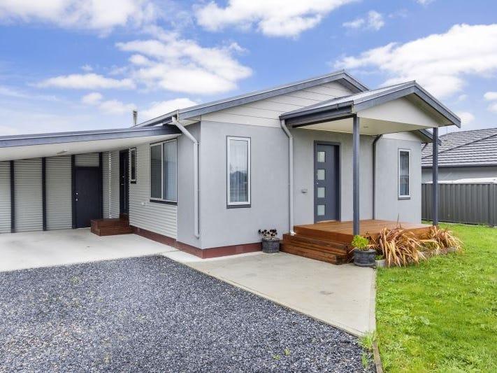 183 Mainwaring Street, Beauty Point, Tas 7270