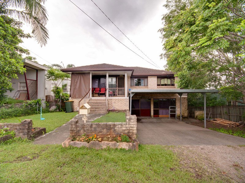 743 South Pine Road, Everton Park, Qld 4053