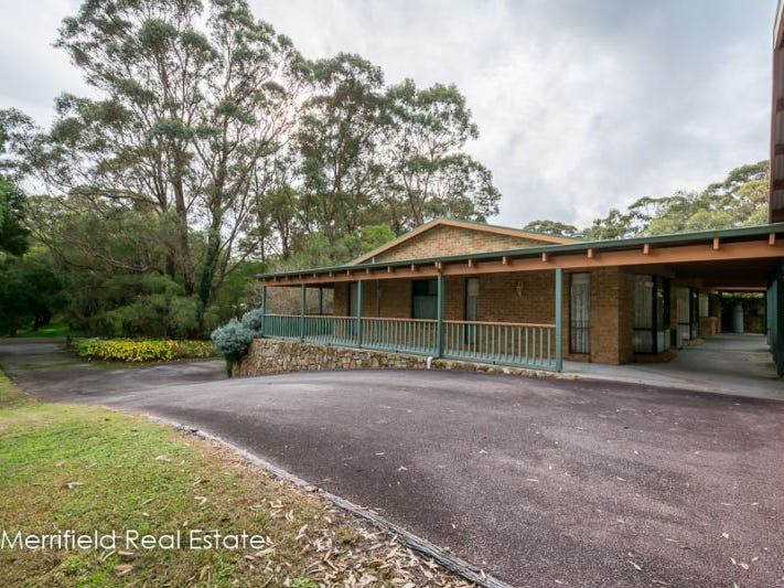 64 Gordon Street, Little Grove, WA 6330