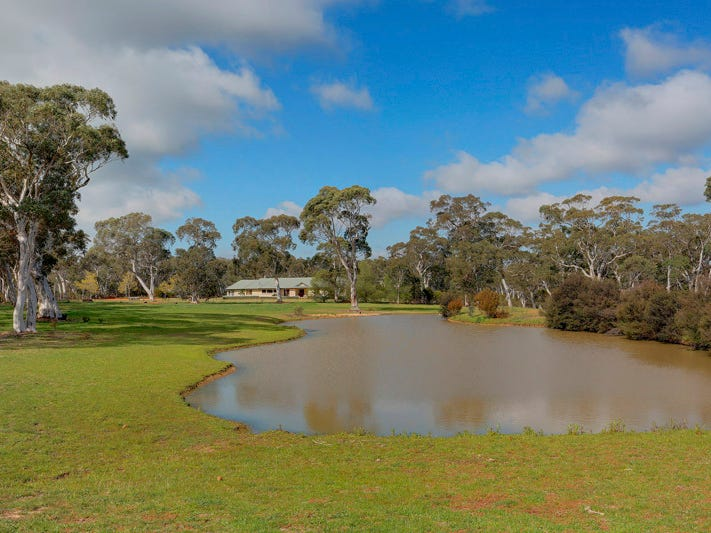 70 Birchforest Place, Berrima, NSW 2577