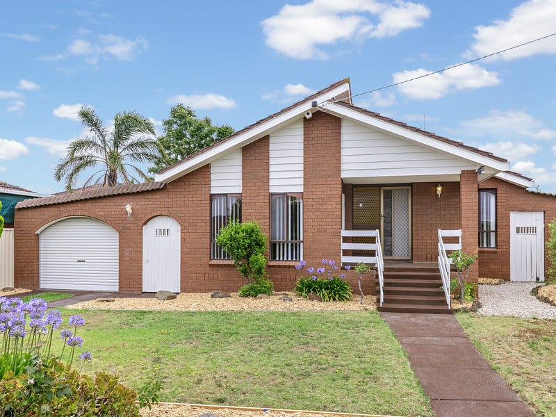 27 Stonehaven Drive, Thomastown