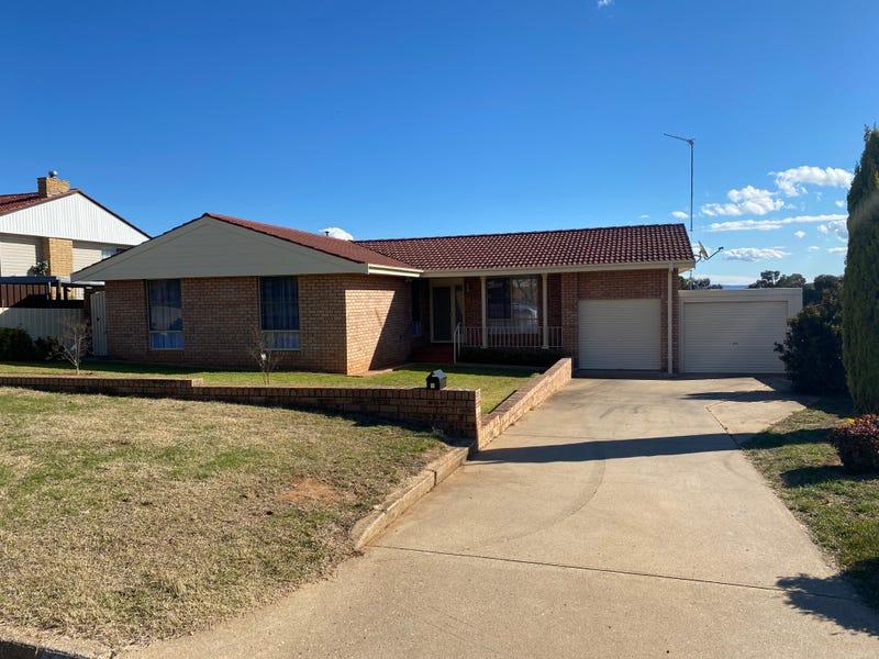 6 Farrer Street, Cowra, NSW 2794