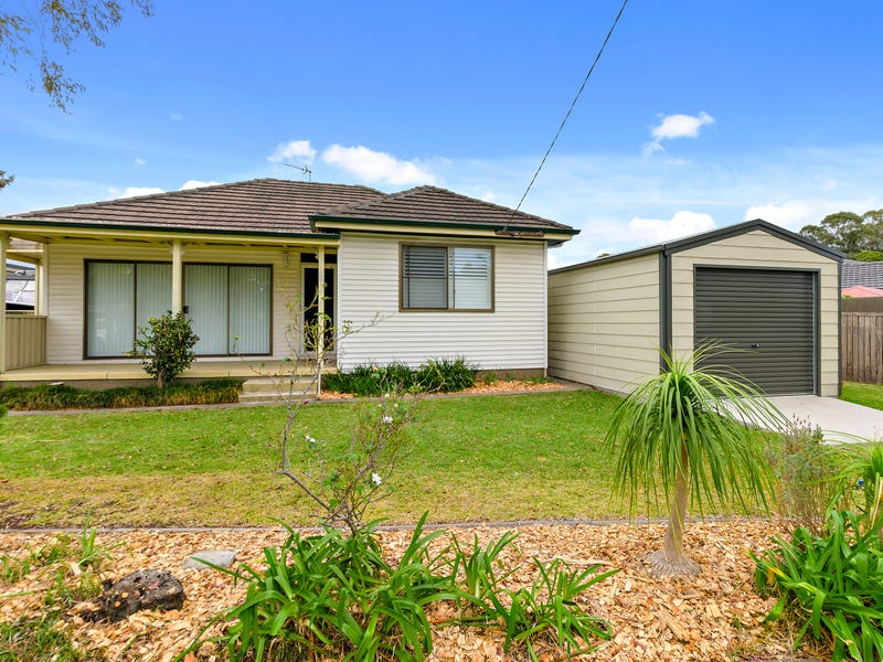 2 Cambridge Rd, Dapto