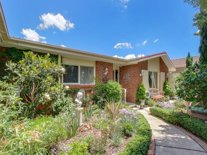 39 Castleton Cres, Gowrie, ACT 2904
