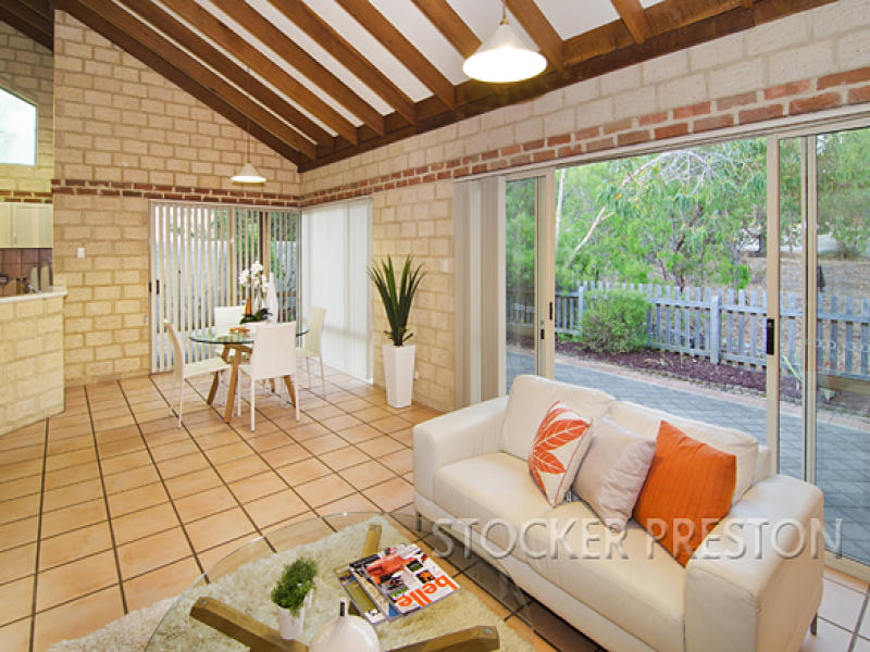 1/11 Freebridge Place, Dunsborough, WA 6281